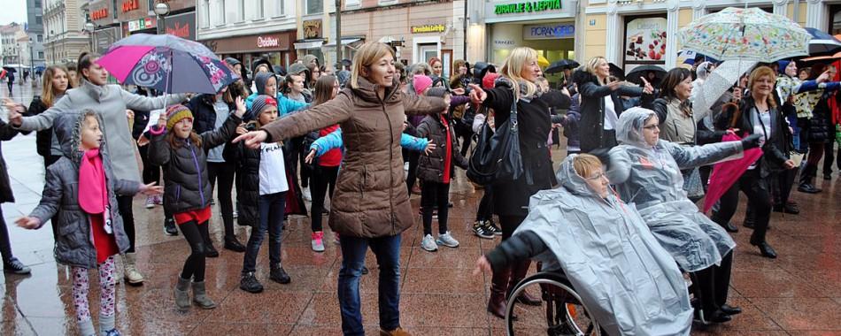 Unatoč kiši Rijeka je ustala PROTIV nasilja prema ženama